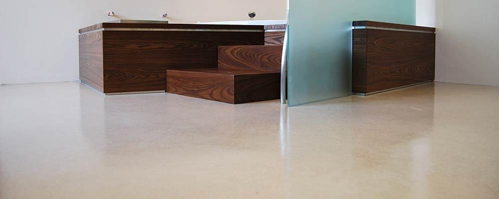 Pavimenti in resina pareti in resina rivestimenti senza for Pavimento senza fughe