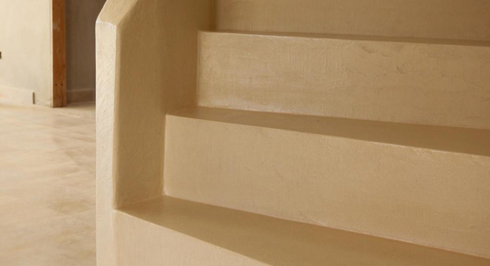 Scale con rivestimento in resina debowa sas modelliamo - Resina per scale ...